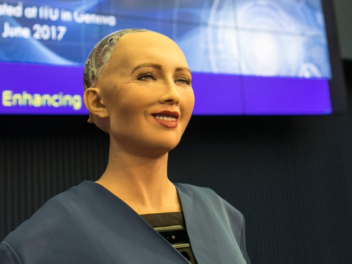 realistic-artificial-intelligence-robot-named-sophia