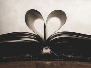 book-pages-in-shape-of-a-heart